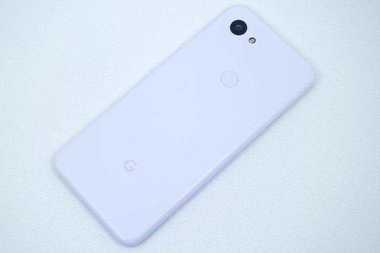 Pixel 3a 背面